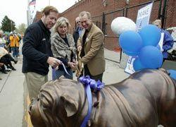 Bronze Bulldog graces front entrance of Stadium Plaza