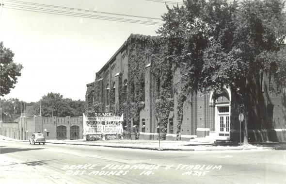 Drake Stadium and Drake Fieldhouse exterior, 1947. / Rich Hoidahl Collection