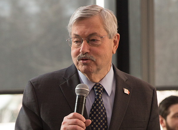 Iowa Gov. Terry Branstad, LW'74, selected as ambassador to China
