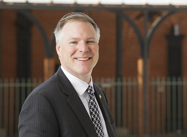 Daniel Connolly, PhD, named dean of Drake's College of Business and Public Administration