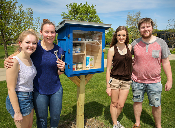 "Student-led ""little free food pantry"" project addresses hunger in Drake Neighborhood"