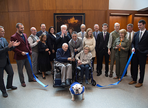 Drake University hosts formal ribbon-cutting ceremony for The Robert D. and Billie Ray Center