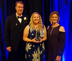 Michelle Bottenberg receives award