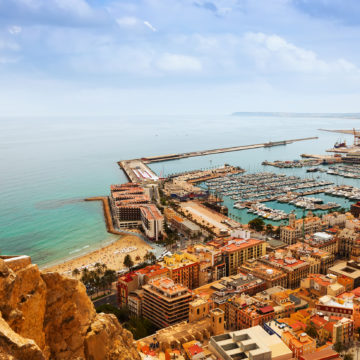 Drake launches study abroad program in Alicante, Spain
