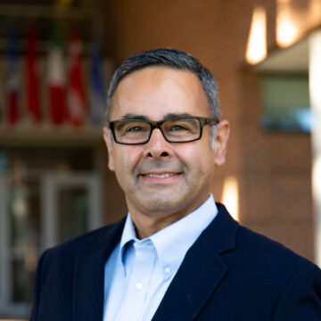 Alejandro Hernandez named dean of  Drake's College of Business and Public Administration