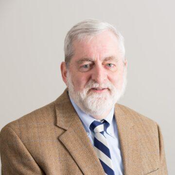 Drake Law School selects Allan Vestal for a prestigious Dwight D. Opperman Distinguished Professorship